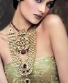 JW010 Golden Locket Party Jewellery