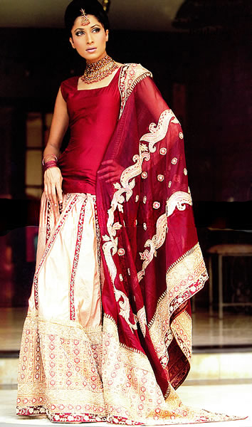 Bw8755 Deep Red Amp Champagne Gharara Typical Traditional