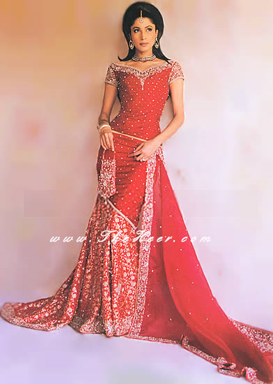 BW034 Red Back Train Lehenga Red Damask Red Damask Heavy Red Bridal Pakistani Indian Designer Dress