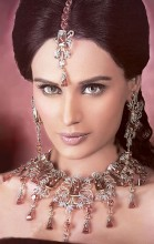 http://theheer.com/store/product_images/t/626/CJ269_Crystal_Gemstones_Jewellery__20303_std.jpg